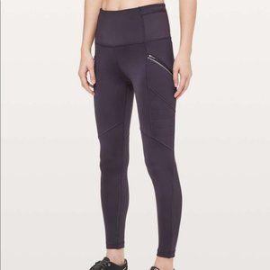 NWT Lululemon Toasty Tech Tight II, 6, CYBR